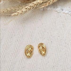 Vintage Trifari Gold Twist Clip On Earrings